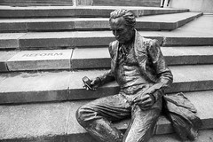 (Emma Swann) Tags: statue birmingham lol steps townhall iphone chamberlainsquare thomasattwood