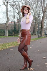Indian-Savage-Margaret-Dallospedale-The-Indian-Savage-diary-winter-outfit-leather-skirt-4 (Marc Schmier) Tags:
