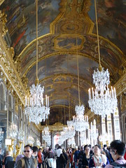 "paris 075 <a style=""margin-left:10px; font-size:0.8em;"" href=""http://www.flickr.com/photos/104703188@N06/13113985413/"" target=""_blank"">@flickr</a>"