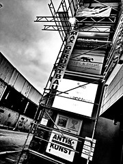 Frankfurt, Germany (Tekapa walking around the city .....) Tags: city bw streets building architecture germany deutschland photography blackwhite scaffolding frankfurt photowalk scaffold citylandscape cityphotography pubflickr