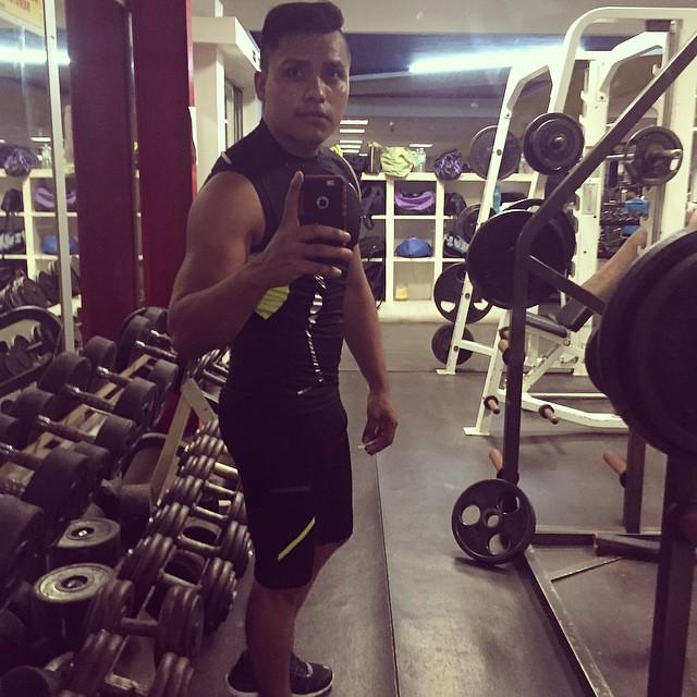 #BuenasNoches ❤️🙈💪 #Gym 💪#gay #gaykik #gayman #peceros #Recuerdo #Fit #friend #ForLikes #Fotografia #Sdv #Style #Selfie #sixpack #spiderman #sexybulge #Wili #whatsappgay #workout #whiteunderwear #thescruffyhomo #gayshoutout