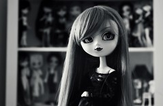 Melina ~ new girl (Dekki) Tags: 2005 original fashion asian doll planning groove pullip melina jun principessa junplanning rewigged