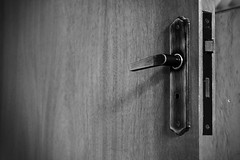 Only you can open yours doors... - Somente voc pode abrir sua portas ... (@MASlivak ) Tags: door lock porta knob fechadura maaneta maslivak
