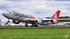 Cargolux Boeing B747-8F LX-VCM (SjPhotoworld) Tags: holland netherlands plane canon airplane maastricht airport beek outdoor aircraft transport jet nederland cargo special final vehicle boeing approach touchdown challenge freight luxemburg cv airliner jumbo cargolux freighter b747 mst cutaway jetliner livery planespotting ehbk cargoplane logojet clx maastrichtaachenairport b7478f lxvcm cutawaylivery