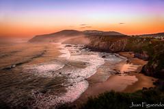 Acantilados de Loiba (Juan Figueirido) Tags: sunset sea espaa costa seascape mar spain paisaje cliffs galicia puestadesol ortigueira loiba cants fz1000 acantiladosdeloiba panasonicfz1000 juanfigueirido loibacliffs