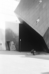 01610018 (MARIENtravelogue) Tags: sanfracisco homeless sfmoma architecture motorcycle sightglasscoffee roasters coffee goldengate bridge streetphotography blackandwhite ilford xp2 delta400 hp5 deyoungmuseum museum