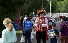 Phoenix Morris handing out flyers (IanAWood) Tags: hertfordshire grandunioncanal rickmansworth aquadrome rickyweek walkingwithmynikon nikond800e thecanalfestival