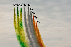 "Italian air force display team ""frecce tricolori"" (bva_fotografie) Tags: airplane planes airshow rnlaf luchtmachtdagen jsf f35 eurofighter saabgrippen mig redarrows freccetricolori ah64 turkishstars spitfire f16"