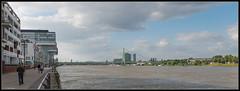 ein Blick auf den Rhein / a view on the rhine (rapp_henry) Tags: clouds river riverside cologne wolken kln menschen ufer brcke fluss rhine rhein poeple brigdes kranhuser nikond800 nikon2470mm28 henryrapp kranbuildings