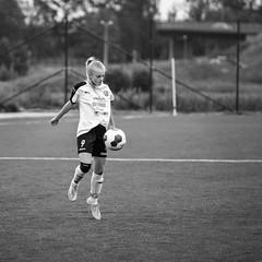 Alice 2016-06-17 (Michael Erhardsson) Tags: juni flickr action alice soccer 13 sommar fotboll rebro sk 2016 f13 svartvitt fotbollsplan bollsport ungdomslag