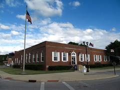 Berea 06-28-2016 - Berea Post Office 1 (David441491) Tags: flag postoffice oh berea