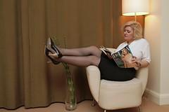 IMG_1301 (Ehrliche Aktfotografie) Tags: highheels skirt blouse