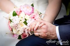 Bounded (Alberto Cassandro) Tags: wedding friends love bride nikon sigma happiness weddingparty weddingday broom weddingphotography sigmalenses nikond810 sigmaart sigma35mmart