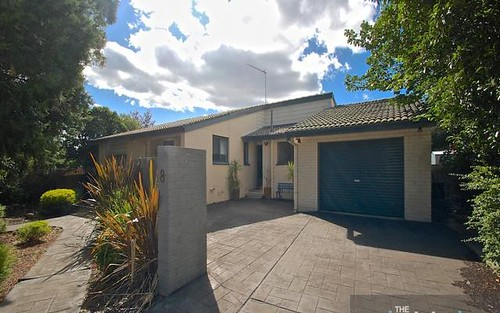 8 McMahon Court, Kambah ACT