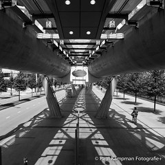 Tunnel Vision (paul.kampman) Tags: city bridge light urban blackandwhite bw white black holland detail netherlands lines architecture composition contrast canon square licht construction noiretblanc contemporary nederland denhaag structure shade schaduw zwart wit 1740 architectuur gebouwen vierkant randstadrail beatrixlaan 5dmkii