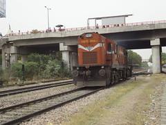 VTA WDG3A Light (Jai BGKT) Tags: light for delhi duty some going western much gurgaon lc northern heading past nr railways towards freight wr gujarat ahmedabad shakti vta palam awaited 13275 wdg3a vatwa