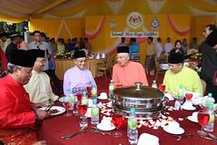 Majlis Rumah Terbuka Hari Raya Aidilfitri anjuran Angkatan Tentera Malaysia dan Polis Diraja Malaysia (Najib Razak) Tags: di pm bersama aidilfitri perdana razak sepetang najib majlis menteri 2013 mtem