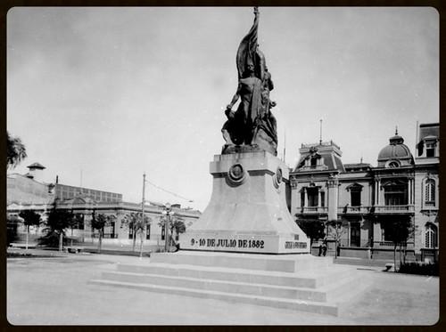 Origen del nombre de la Estacion Los Heroes del Metro de Santiago de Chile.