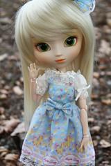 Sunny (Haylee Von Leimkhler) Tags: blue autumn horse sun cute green eyes dolls dress sunny lolita blond kawaii groove pullip paja regeneration