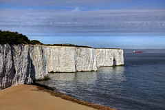 Kingsgate Bay, Kent, UK (**Anik Messier**) Tags: uk beach coast boat kent ship cliffs coastal northsea chalkcliffs kingsgatebay coastaluk coastuk welcomeuk