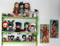 The little green shelf - very owl-ish