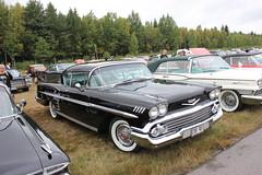 Chevrolet 1958 (Drontfarmaren) Tags: pictures summer classic chevrolet car 30 vintage gallery power sweden cruising american end 1958 coverage aug meet bilder emmaboda galleri 2013 drontfarmaren