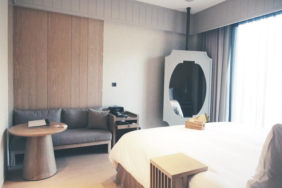 Room009.JPG