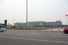 Tiananmen Square (Kathrin Eckert) Tags: china beijing  tiananmensquare peking chine peoplesrepublicofchina  bijng peiching  platzdeshimmlischenfriedens  tiananmenplatz   zhnghurnmngnghgu bijngsh tinnmngungchng volksrepublikchina rotchina nrdlichehauptstadt platzvordemtordeshimmlischenfriedens