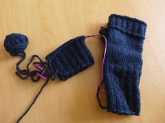 Club optimiste - Progress shot (Miss Litchi) Tags: knitting unraveling ravellenic2014