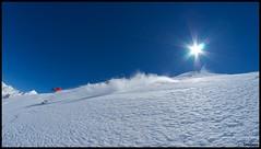 Freeski Gavarnie (Trialxav) Tags: winter sun snow beige nikon d200 pow freeride gavarnie poudreuse