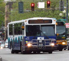 Pierce Transit 1999 Gillig Phantom 8024 (zargoman) Tags: seattle travel bus diesel transportation transit sound pierce phantom gillig soundtransit highfloor piercetransit