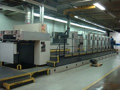 ROLAND 706 LTLV (Kitmondo.com) Tags: colour industry electric ink work print photo industrial factory technology tech printer working machine equipment machinery printing roland labour kit electronic