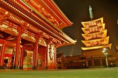 Asakusa, Tokyo  (runslikethewind83) Tags: light japan night sensoji japanese lights gate shrine asia pentax traditional  asakusa  nihon    2015