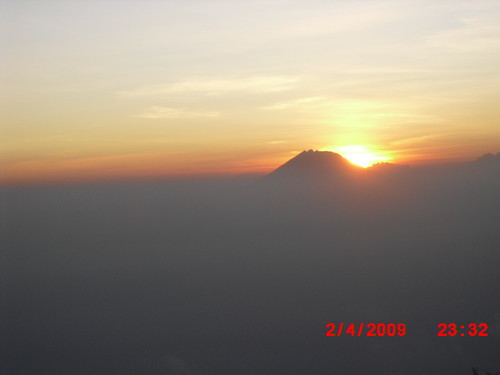"Pengembaraan Sakuntala ank 26 Merbabu & Merapi 2014 • <a style=""font-size:0.8em;"" href=""http://www.flickr.com/photos/24767572@N00/26888752440/"" target=""_blank"">View on Flickr</a>"
