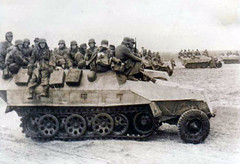 "SdKfz 251s loaded with infantry • <a style=""font-size:0.8em;"" href=""http://www.flickr.com/photos/81723459@N04/27098181800/"" target=""_blank"">View on Flickr</a>"
