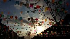 Praa Mau - Rio de Janeiro (renataml) Tags: plaza party brazil southamerica brasil riodejaneiro fiesta flags festa festajunina praamaua bandeirinhas aoarlivre samsungs5mini