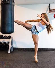 Cuidado con la gera (David_Rojo) Tags: kick hotchick gym gimnasio patada davidrojoh