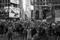 Times Square (Andrea Vigoni) Tags: nyc newyorkcity bw usa white newyork black america canon eos unitedstates crowd timessquare 7d bianco nero folla
