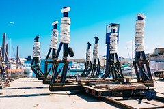 Monopoli Dockyard (toletoletole (www.levold.de/photosphere)) Tags: blue sky italy fuji himmel blau shipyard puglia dockyard monopoli werft apulien xpro2 fujixpro2