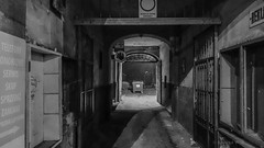 Czstochowa (nightmareck) Tags: night europa europe poland polska cybershot handheld carlzeiss czstochowa compactdigitalcamera lskie 28100mm fotografianocna dscrx100 sonyrx100 1inchsensor variosonnartf18