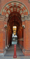 Tunnel Vision (garstangpost.t21) Tags: eurostar londonstpancrasinternational