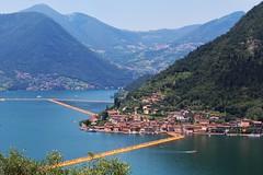 Lago d'Iseo (Bi_photo) Tags: lake iseo lagodiseo passerella christo oro explore
