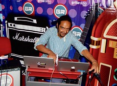 The Incognito Traveller (EZTANTE) Tags: hip hop instrumental electronic electronica electronics grita radio mexico bbe barely breaking even live en vivo world music musica