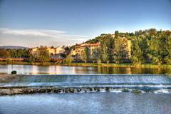 Arno (io.robin) Tags: arno fiume firenze florence florencia tuscany toscana verde acqua water cascata panorama landscape azzurro cielo colori hdr riflessi riflessione reflex
