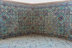 Sher-Dor Madrassah (Stefano Cislaghi) Tags: uzbekistan samarkand registan madrassah madrasah