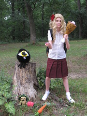 Don't Starve Wendy Cosplay (neurotic mother) Tags: cosplay wendy mandrake smallbird dontstarve hambat