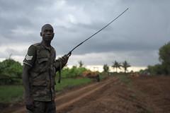 2013_11_10_Afgoye_Road_Works_I.jpg (AMISOM Public Information) Tags: africa road farmers soldiers ist roadwork somalia sna africanunion afgooye afgoye amisom roadgrading tobinjones