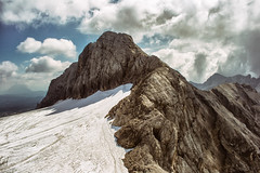 Alpine Peak (Gikon) Tags: sky snow mountains alps clouds austria landscapes nikon 1855mm dachstein alpinepeak gikon d3100