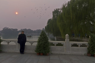 Sunset in Beihai park