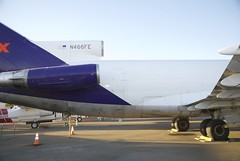Boeing 727 FedEx starboard, aft, fuselage, from engines to both main landing gear, trailing edge of wing. (wbaiv) Tags: boeing 727200c aircargo conversion fedex federal express n266fe aerospace museum california sacramento mcclellan afb starboard aft fuselage engines main landing gear trailing edge wing 727 trijet httpswwwgooglecommaps386751575 1213921542 431mdata3m11e3 aviation airplane flying machine ca former mcclellen formerly usaf united states air force fullsize airplanes planes machines exhibits nikon d40x 2014 aircraft plane outdoor vehicle 757 cargo airfreight package delivery overnight 2day independent airplanesalbum